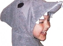 shark-hooded-towel-head